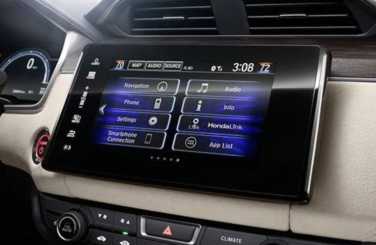 Honda Clarity Plug-In Hybrid touchscreen display