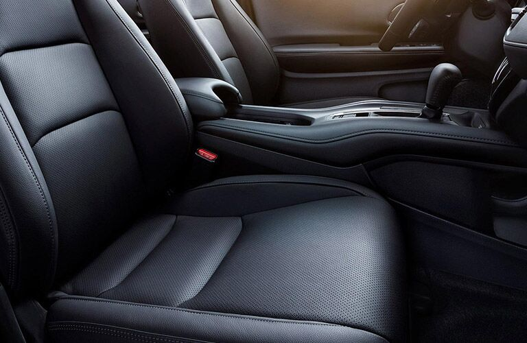 2021 Honda HR-V front seats