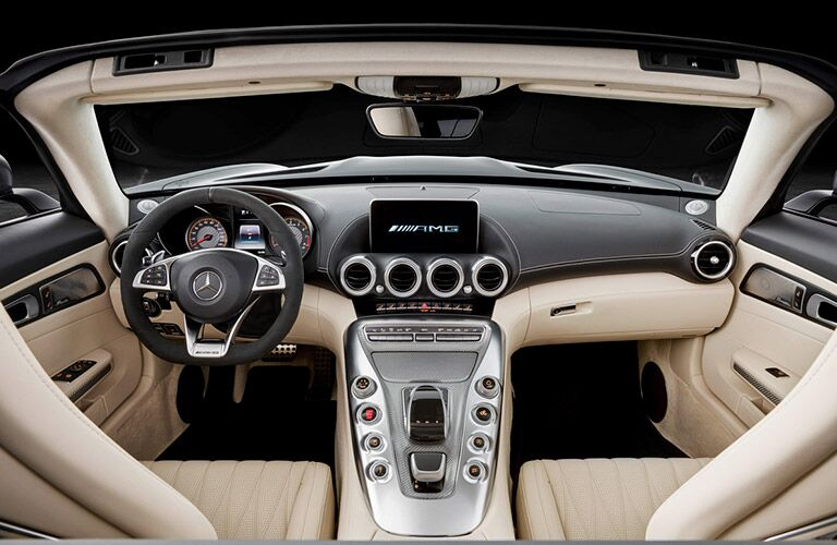 Driver's cockpit of the 2018 Mercedes-AMG GT Roadster