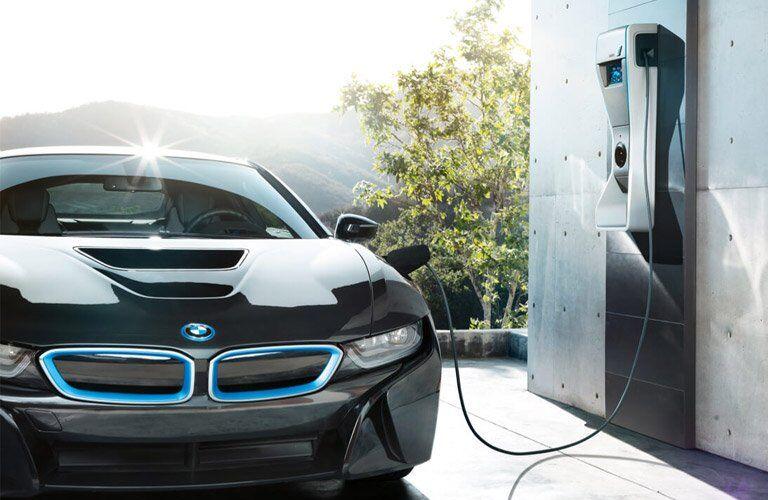 2017 BMW i8 charging