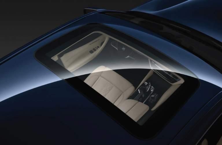 Moonroof of Blue 2018 BMW 5 Series