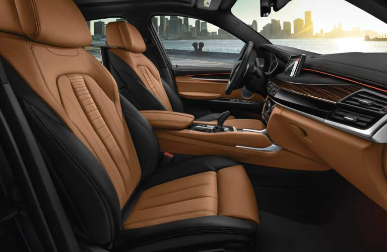 Dashboard and Front Seats of 2018 BMW X6
