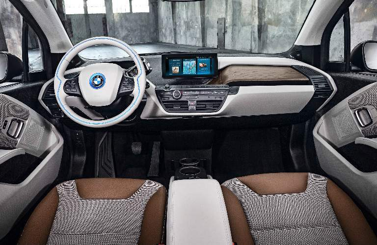 2018 Bmw I3 Vs 2018 Nissan Leaf