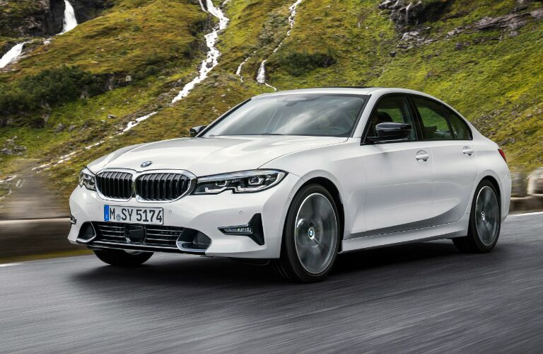Front View of White 2019 BMW 3 Series