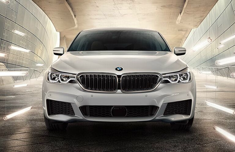 Front View of White 2019 BMW 6 Series