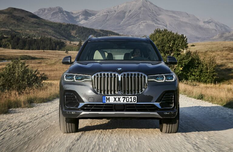 Front View of Grey 2019 BMW X7