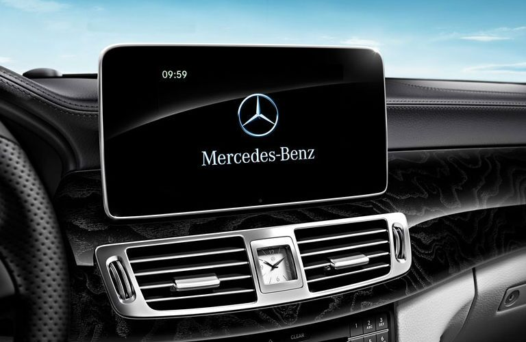2016 Mercedes-Benz CLS-Class Merriam KS touchscreen