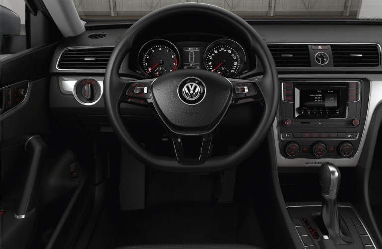how is the base 2017 vw passat trim and the passar r-line different