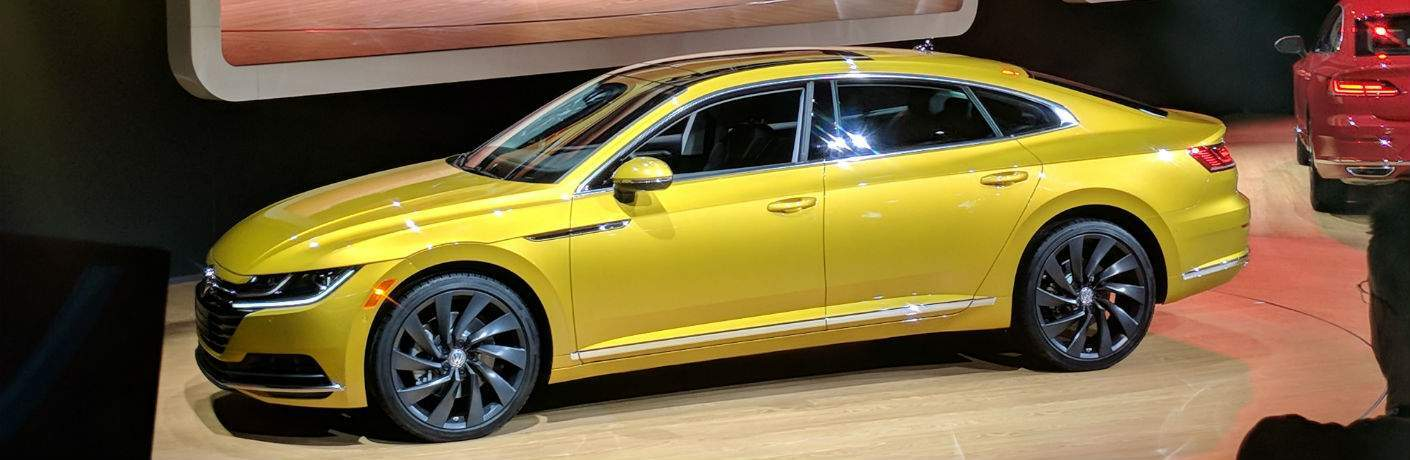 A left profile photo of the 2019 Volkswagen Arteon at the Chicago Auto Show