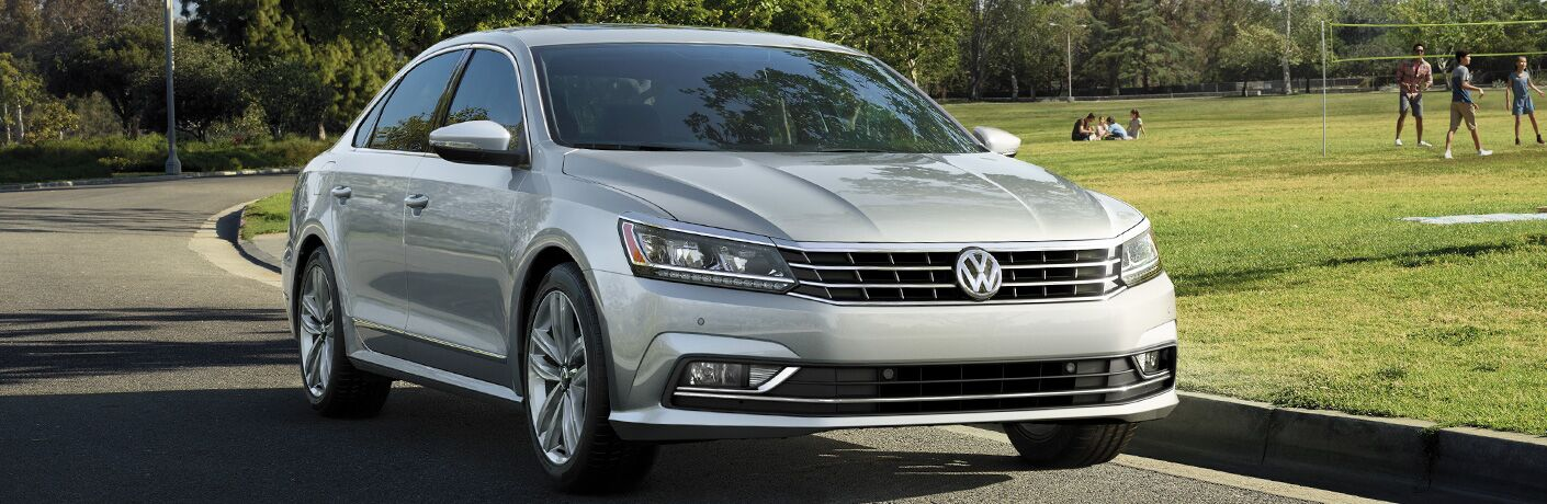 A front right quarter photo of the 2018 VW Passat.