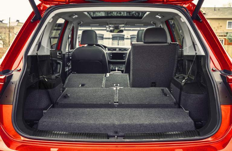 A look inside of the 2018 VW Tiguan showing the different ways it can be configured