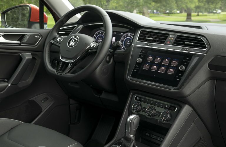 A photo of the front dashboard of the 2018 VW Tiguan.
