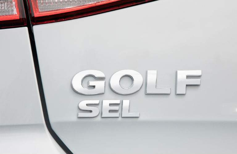 2018 Golf SE badge on a silver-painted version of the car