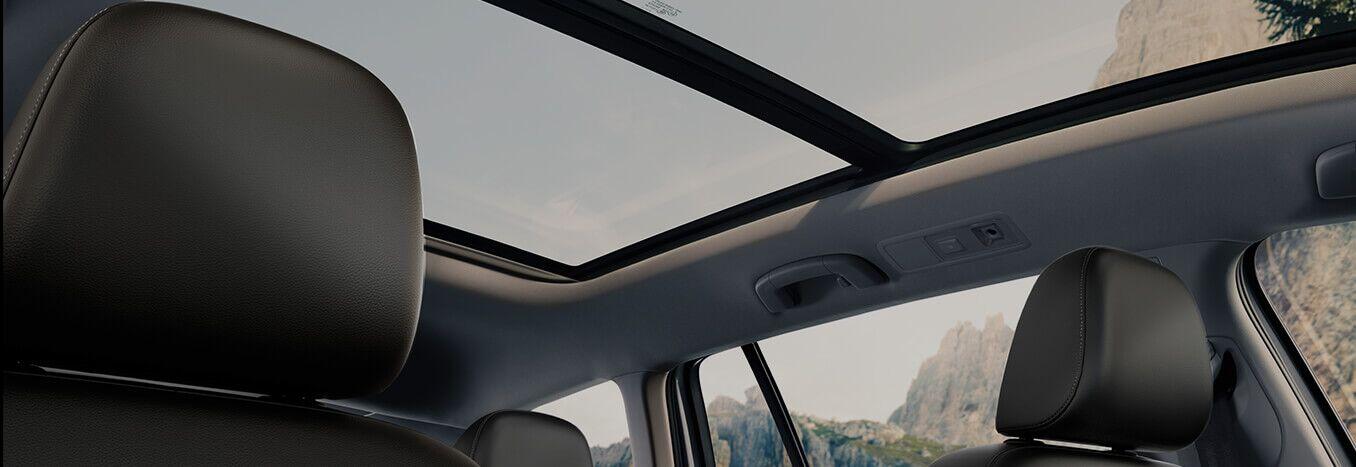 New 2017 Volkswagen Alltrack in Amherst, OH