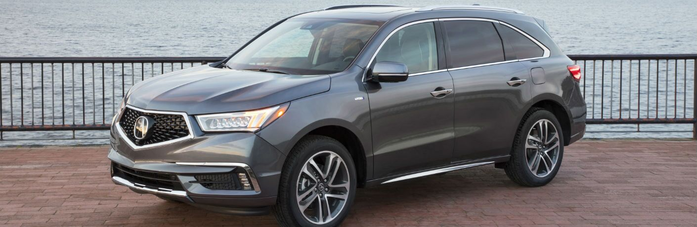 A front left quarter profile image of the 2018 Acura MDX Sport Hybrid