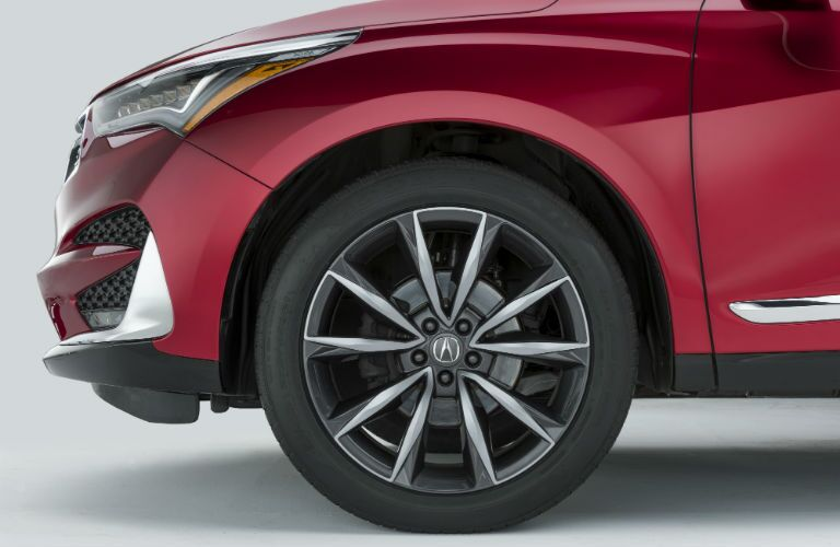 A close up photo of one of the wheels used on the 2019 Acura RDX Prototype
