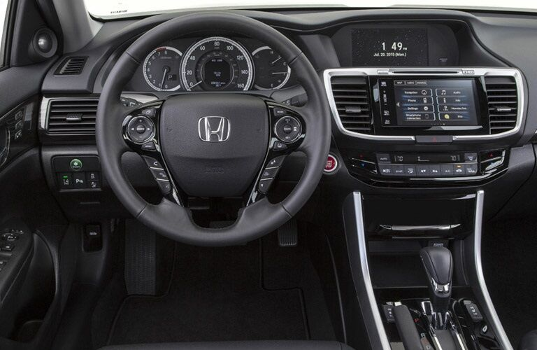 Steering wheel and dashboard of 2017 Honda Accord
