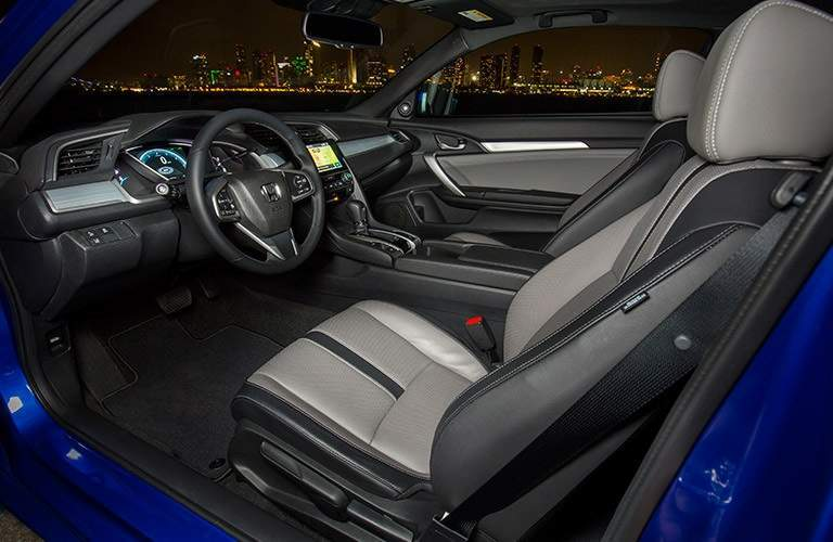 Interior front seats of the 2017 Honda Civic Coupe