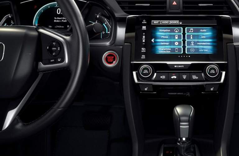 Steering wheel and infotainment system in the 2018 Honda Civic