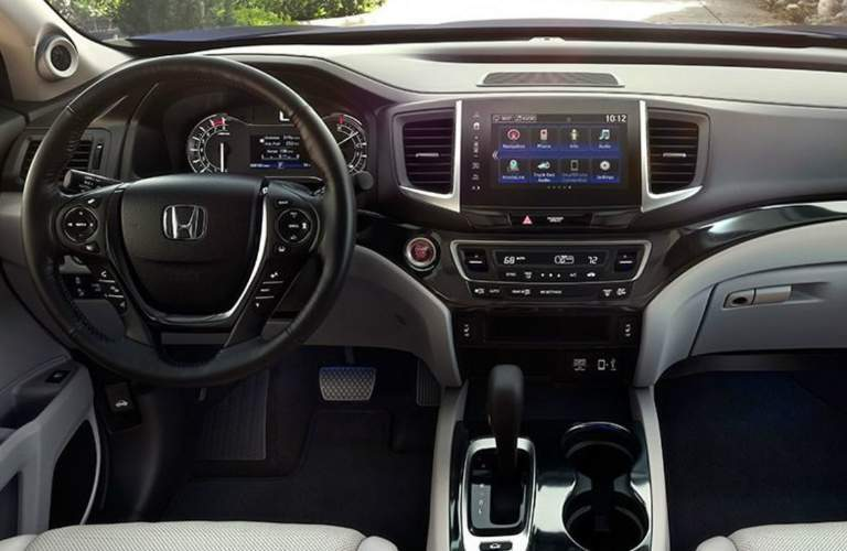 Steering wheel and infotainment system in 2018 Honda Ridgeline