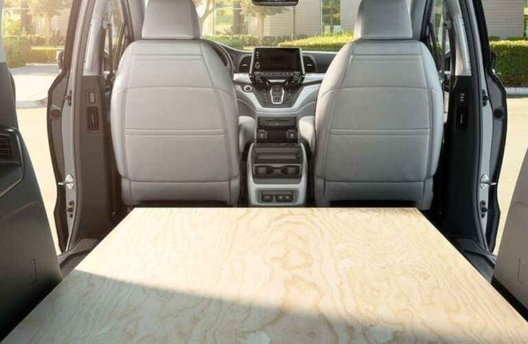Wood laying in the back of the 2019 Honda Odyssey