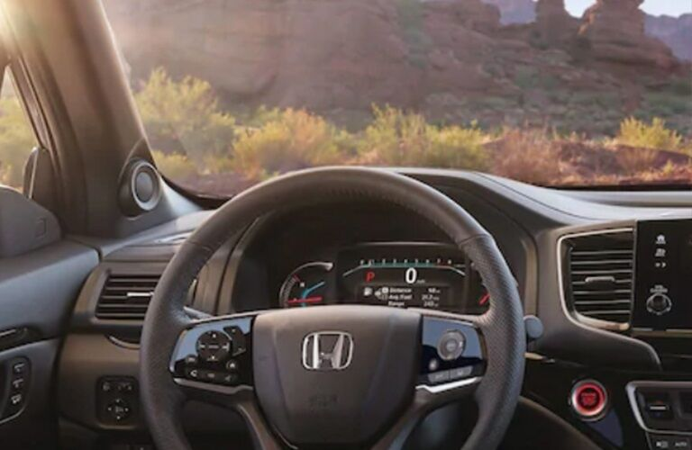 Cockpit view in the 2019 Honda Passport