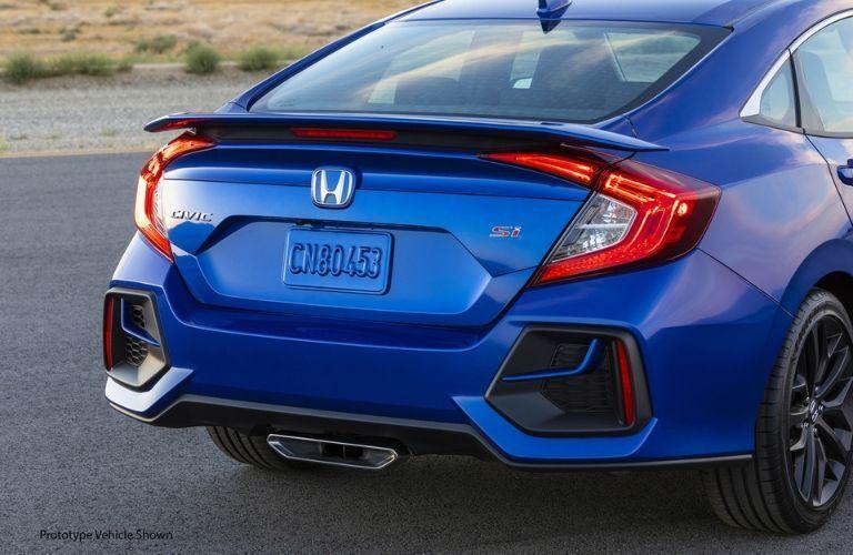 tailgate view of blue 2020 Honda Civic Si Sedan