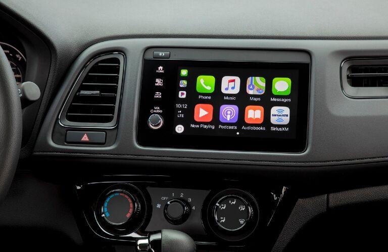 2021 HR-V touchscreen showcase