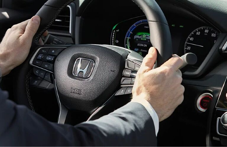 2021 Insight steering wheel and gauge cluster showcase