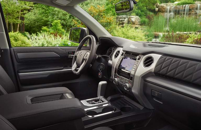 steering wheel and infotainment system of the 2018 Toyota Tundra