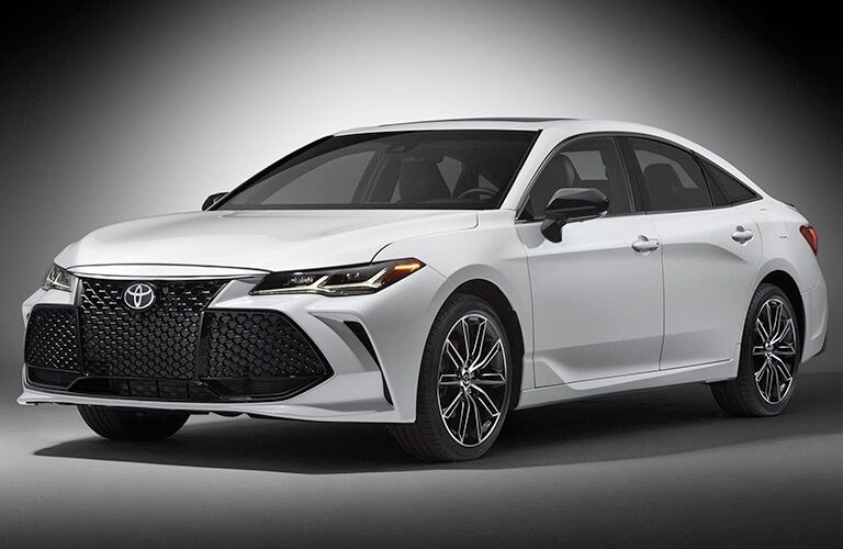 Front view of a white 2018 Toyota Avalon on a white background