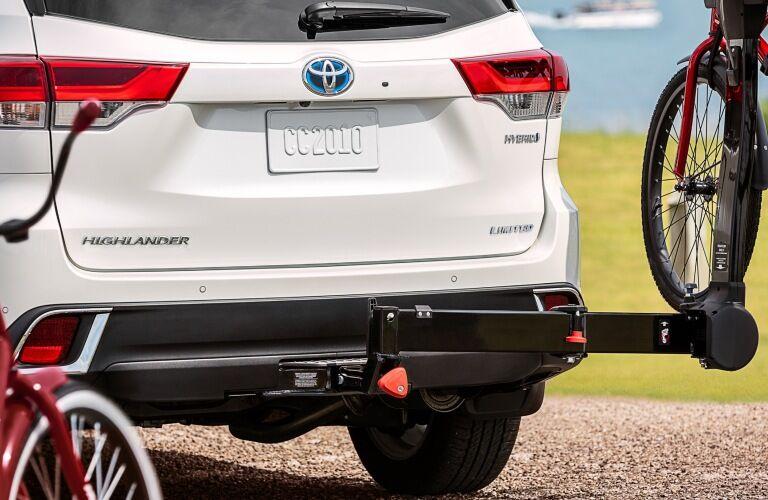 Bike racks on the back of a 2019 Toyota Highlander Hybrid