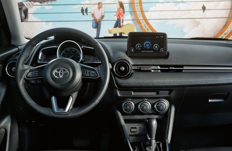 Cockpit view in the 2019 Toyota Yaris