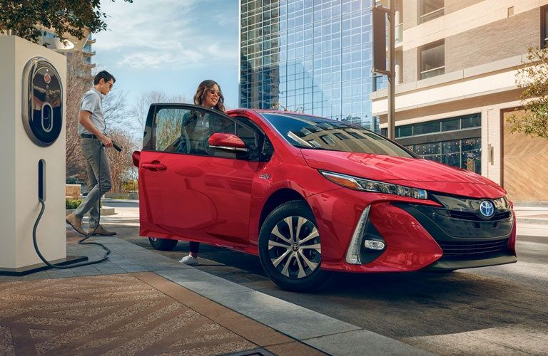 People charging the 2020 Toyota Prius Prime