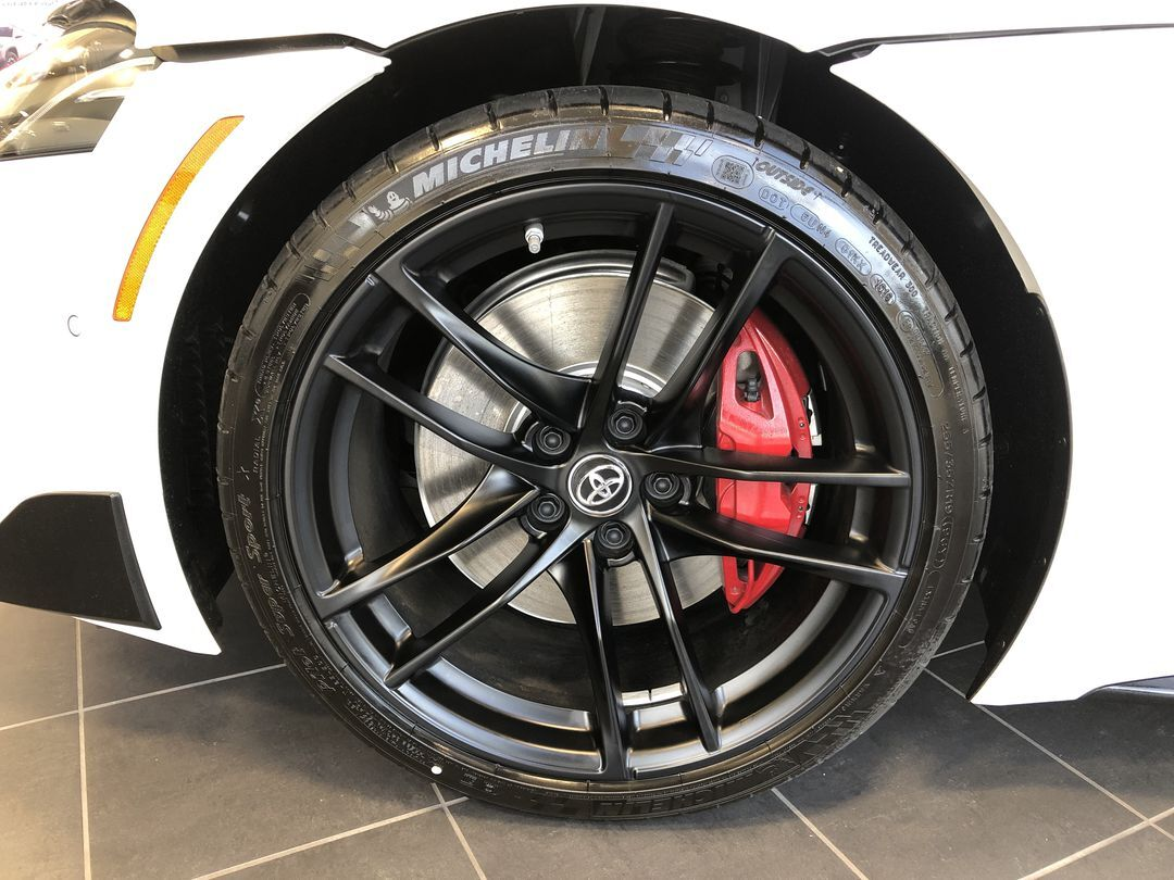 Model features of the 2020 Supra at Apple Valley Toyota in Martinsburg