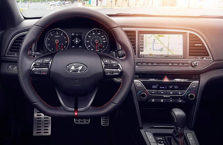Steering wheel and infotainment system in 2018 Hyundai Elantra