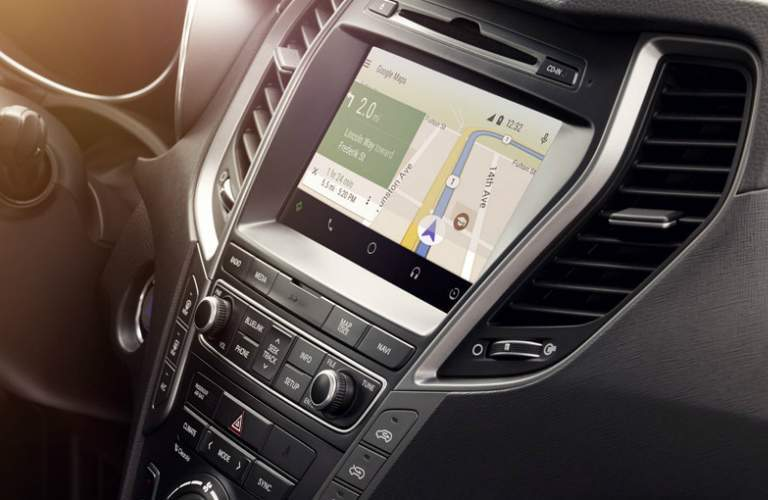Infotainment system in the 2018 Hyundai Santa Fe Sport