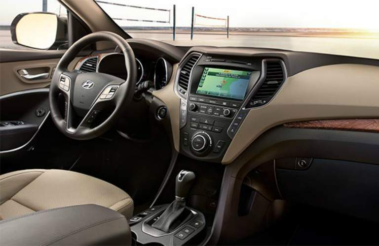 Steering wheel and infotainment system of 2018 Hyundai Santa Fe