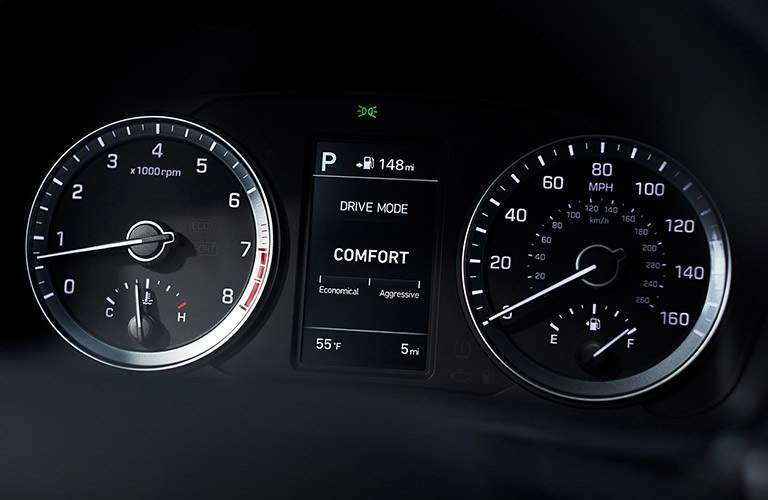 Instrument cluster in the 2018 Hyundai Elantra