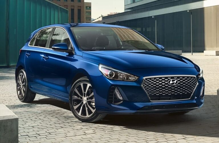 2019 Hyundai Elantra GT blue front view