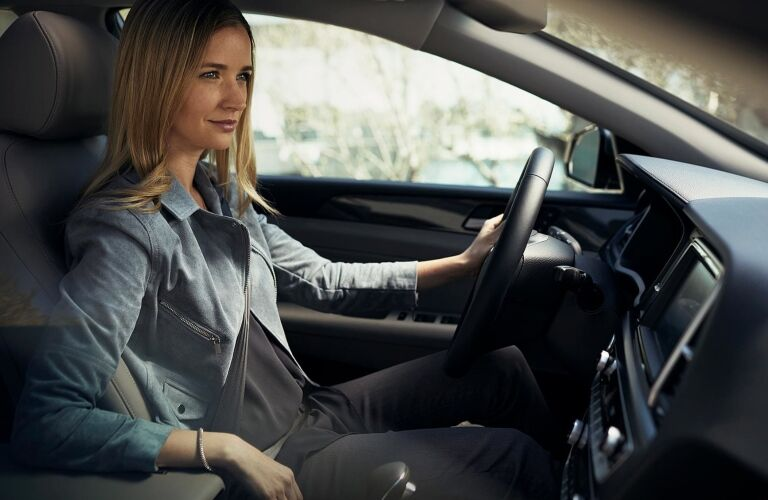 Woman driving the 2019 Hyundai Sonata