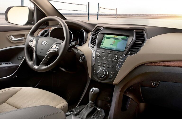 Steering wheel and infotainment system in the 2019 Hyundai Santa Fe XL