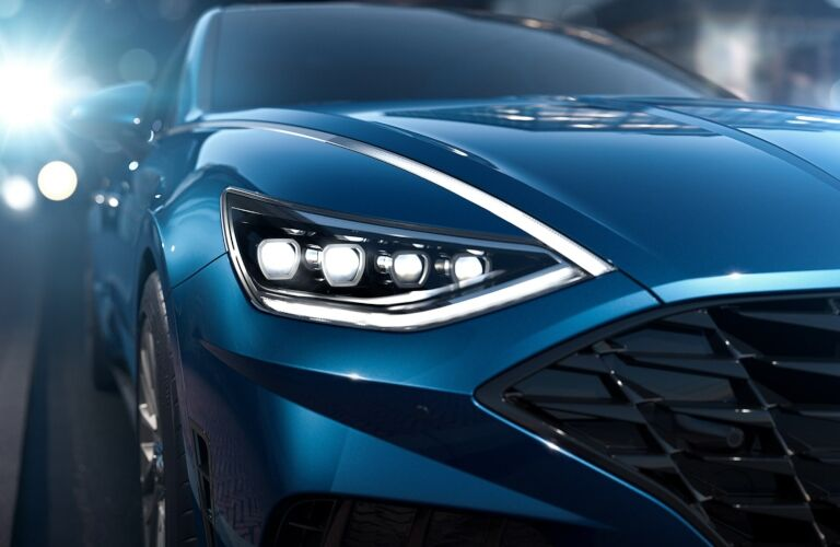 Close up of front right headlight of the 2020 Hyundai Sonata