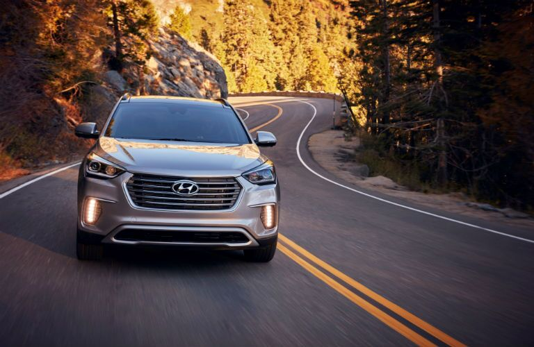 A head-on photo of the 2019 Hyundai Santa Fe XL on the road.