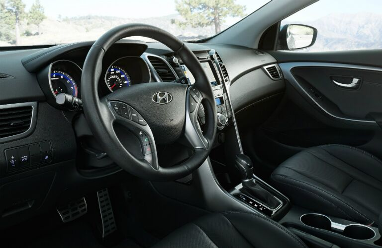 Steering wheel in the 2017 Hyundai Elantra GT