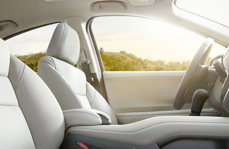luxurious driver seat in the 2017 Honda HR-V crossover SUV