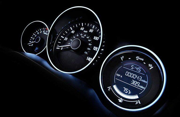 2017 Honda HR-V EX-L Navi gauge cluster
