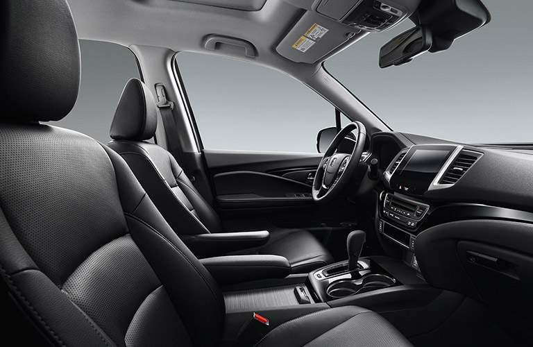 front seats of the 2017 Honda Ridgeline RT