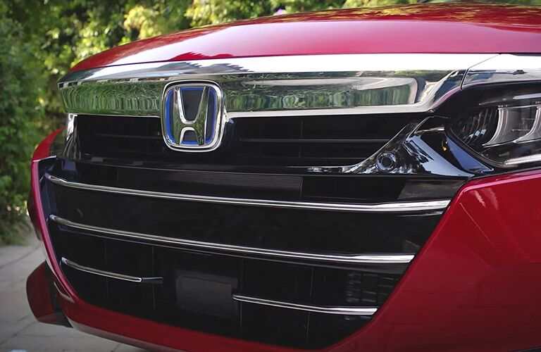 Closeup of grille on 2021 Honda Accord
