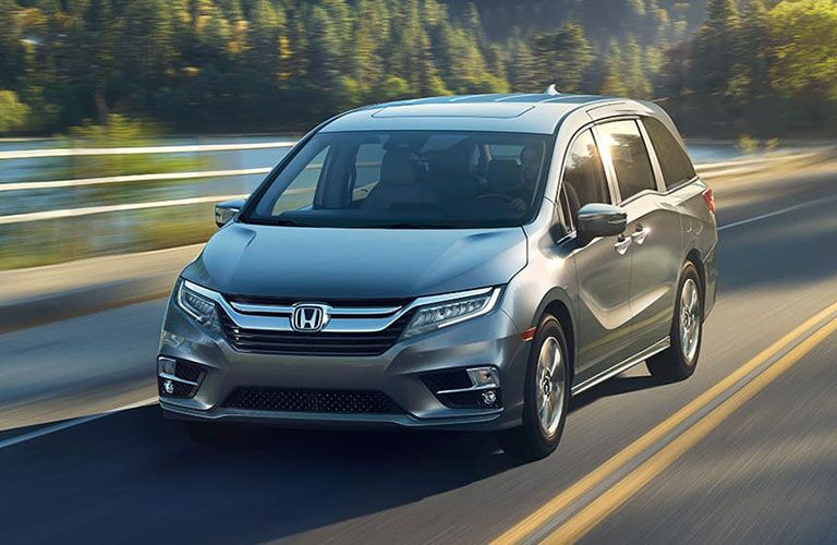 overhead view of the 2018 Honda Odyssey with some luggage in